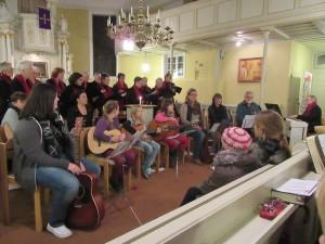 Chor und Gitarrengruppe2