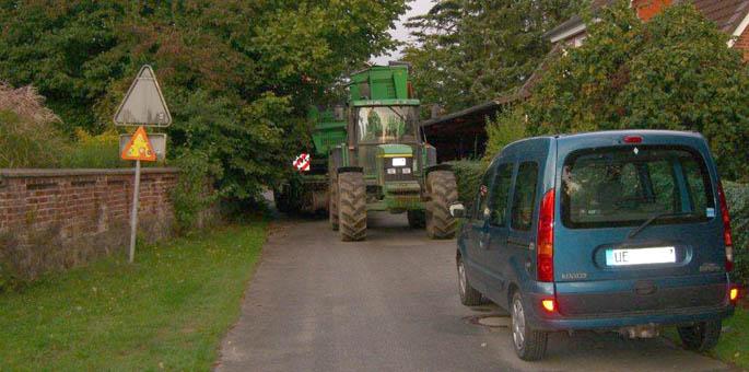 Festgefahren - Polizei setzt Landwirt klare Grenzen
