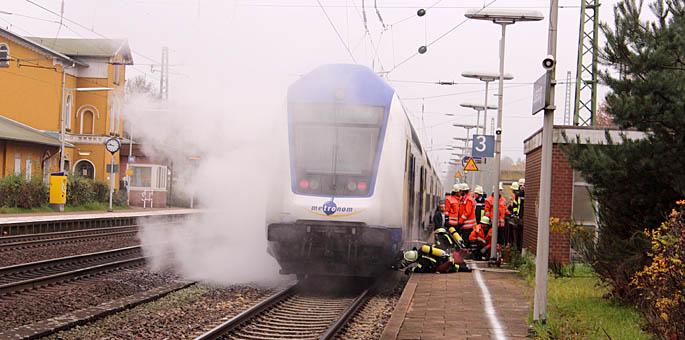 """""""Metronom-Zug brennt"""" - in Suderburg"""
