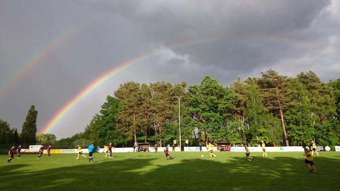 Spiel unter'm Regenbogen